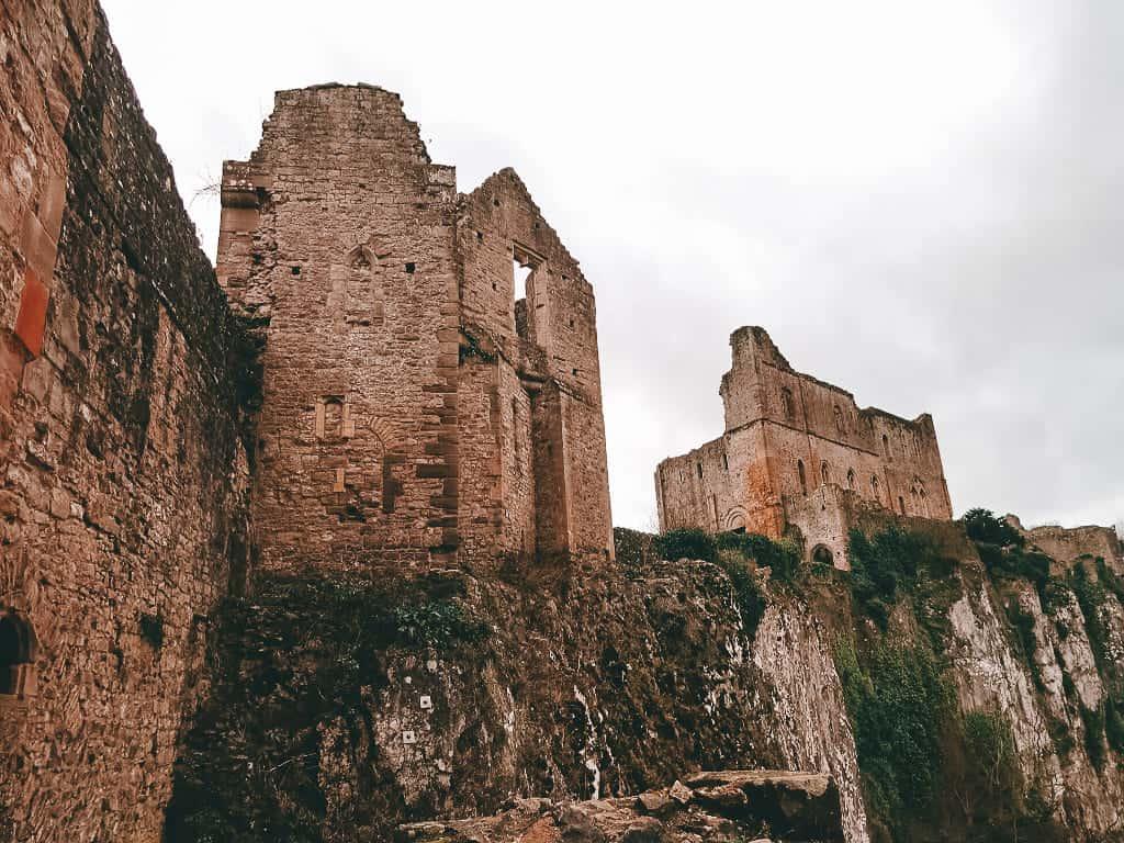 A ruin of a castle