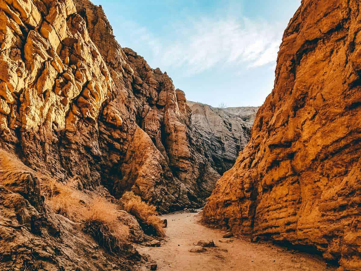 A path winding through rock cliffs