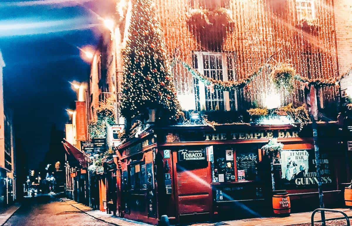 The temple bar in Dublin finished with Christmas lights