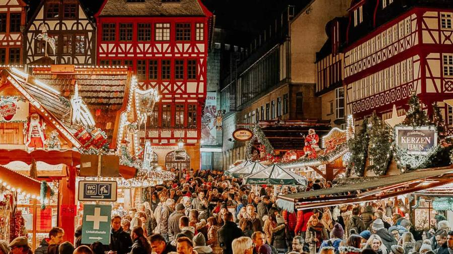 Half timber buildings lined with Christmas markets in Frankfurt