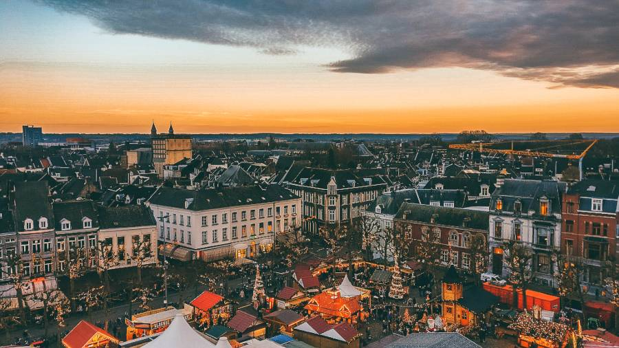 A view over a Christmas in an old town square