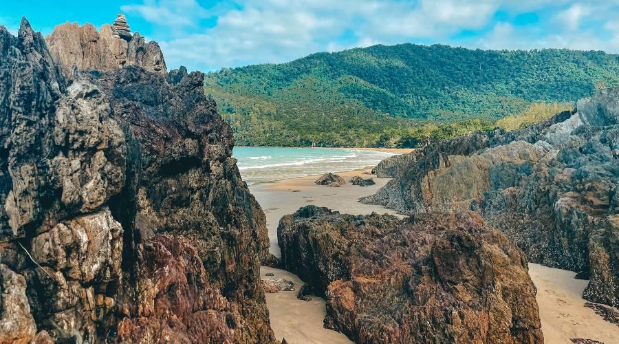 The rocks at Cow Bay Beach